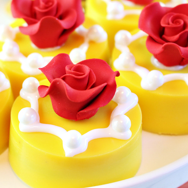 Disneys Beauty and the Beast Rose Oreo Cookies
